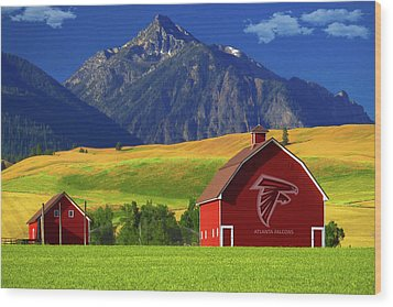 Wood Print featuring the photograph Atlanta Falcons Barn by Movie Poster Prints