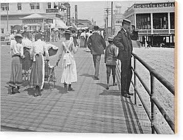 Atlantic City Boardwalk 1902 Wood Print