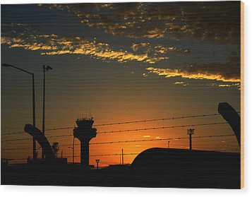 Auckland Airport Sunrise Wood Print by Chris Hung
