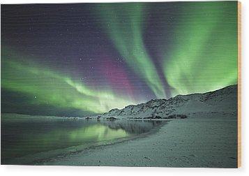 Aurora Borealis In Iceland Wood Print by Arnar B Gudjonsson