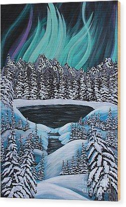 Aurora's Fiery Display Wood Print by Barbara Griffin