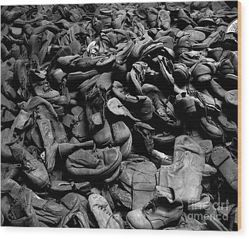 Auschwitz-birkenau Shoes Wood Print by RicardMN Photography