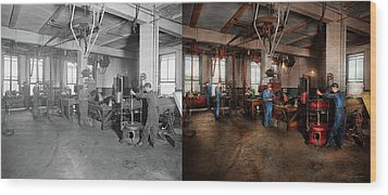 Wood Print featuring the photograph Autobody - The Bodyshop 1916 - Side By Side by Mike Savad