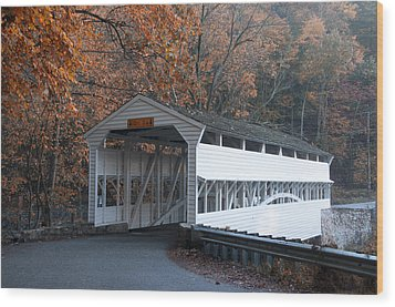 Autumn At Knox Covered Bridge In Valley Forge Wood Print by Bill Cannon