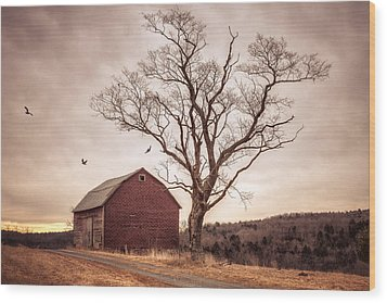 Wood Print featuring the photograph Autumn Barn And Tree by Gary Heller