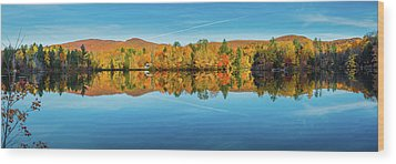 Autumn By The Lake Wood Print