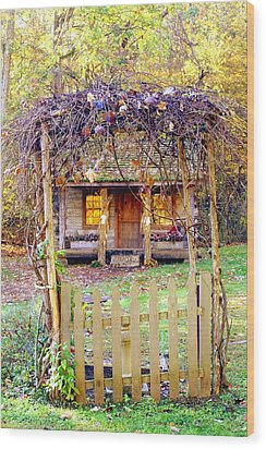 Autumn Cottage Wood Print