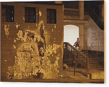 Wood Print featuring the photograph Avenue De Los Presidentes Havana Cuba by Charles Harden