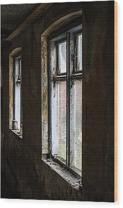 Wood Print featuring the photograph Away From The World by Odd Jeppesen