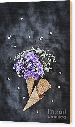 Wood Print featuring the photograph Baby's Breath And Violets Ice Cream Cones by Stephanie Frey