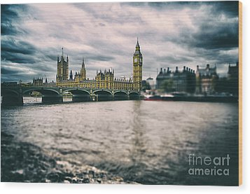 Back In London Wood Print by Alessandro Giorgi Art Photography