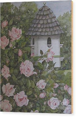 Backyard Birdhouse Wood Print by Karen Olson