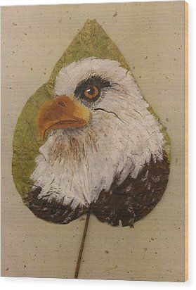 Bald Eagle Side Veiw Wood Print