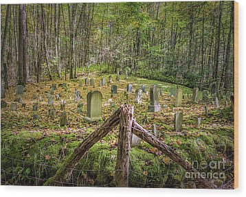 Bales Cemetery Wood Print by Patrick Shupert