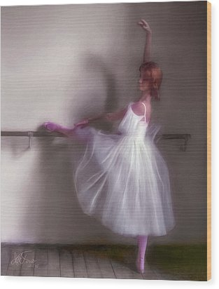 Wood Print featuring the photograph Ballerina-2 by Juan Carlos Ferro Duque
