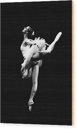 Ballet Dance Wood Print by Sumit Mehndiratta