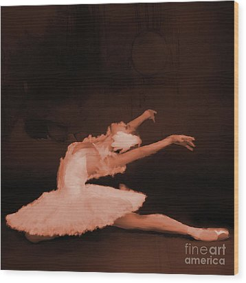 Ballet Dancer In White 01 Wood Print