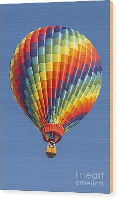Ballooning In Color Wood Print by Anthony Sacco