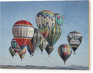 Ballooning Wood Print by Marie Leslie