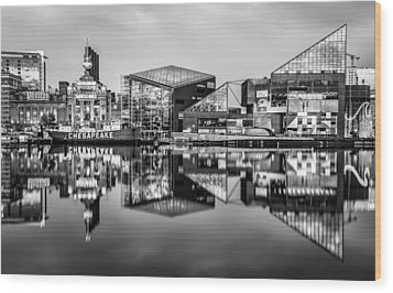 Baltimore In Black And White Wood Print