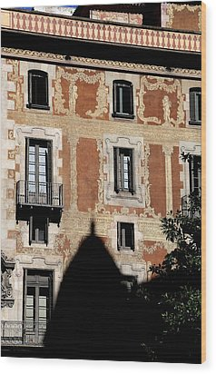 Wood Print featuring the photograph Barcelona 3 by Andrew Fare