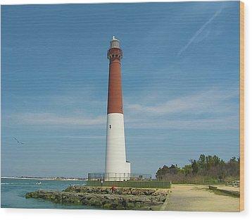 Barnegat Lighthouse Wood Print by Bill Cannon