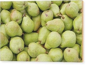 Bartlett Pears Wood Print by John Trax