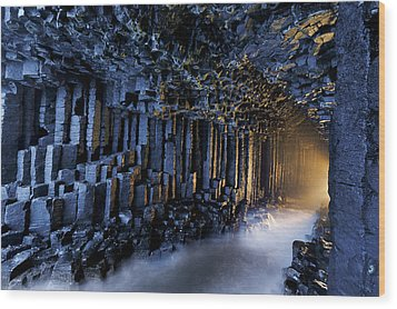 Basalt Pillars Line Fingals Cave Wood Print by Jim Richardson
