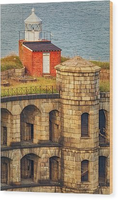 Wood Print featuring the photograph Battery Weed At Fort Wadsworth Nyc by Susan Candelario
