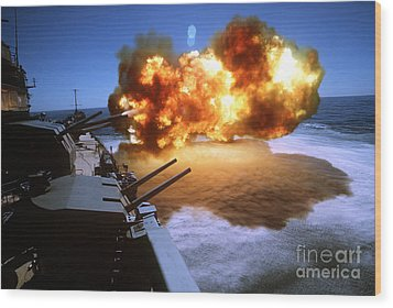 Battleship Uss Missouri Fires One Wood Print by Stocktrek Images