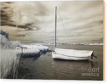 Bay Boat Brown Infrared Wood Print by John Rizzuto