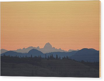 B C Dawn Wood Print by Ed Hall