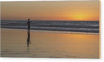 Beach Fishing At Sunset Wood Print