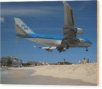 Wood Print featuring the photograph Beach Landing by Michael Albright
