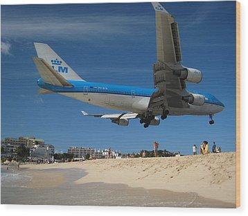 Beach Landing Wood Print by Michael Albright