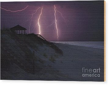 Beach Lighting Storm Wood Print by Randy Steele