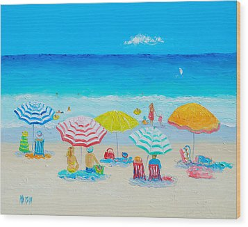 Beach Painting - Catching The Breeze Wood Print