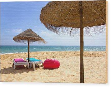 Beach Relaxing Wood Print by Carlos Caetano