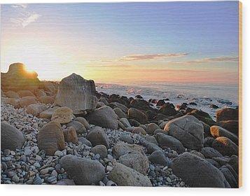 Beach Sunrise Over Rocks Wood Print