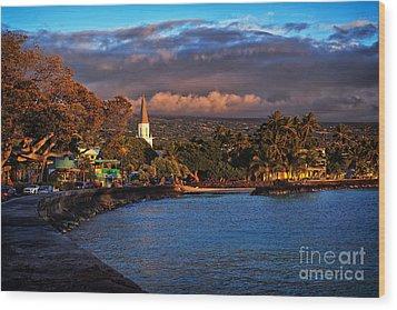 Beach Town Of Kailua-kona On The Big Island Of Hawaii Wood Print
