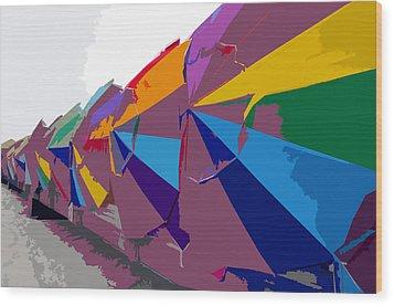Beach Umbrella Row Wood Print by David Lee Thompson