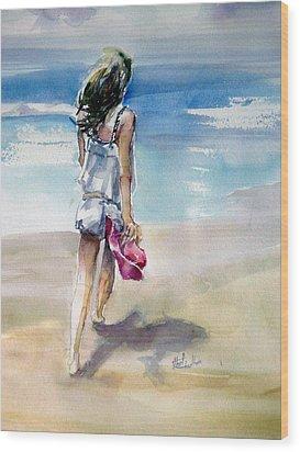 Beach Walk Wood Print by Shirley Roma Charlton
