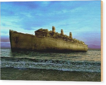 Beached Wreck Wood Print by Tom Straub