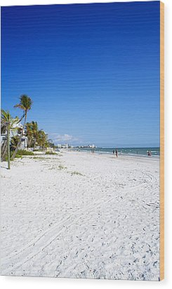 Beachy White Sands Wood Print