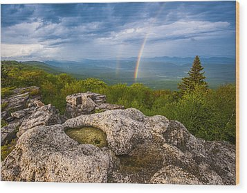 Bear Rocks Rainbow Wood Print