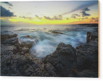 Wood Print featuring the photograph Beautiful Ending by Ryan Manuel
