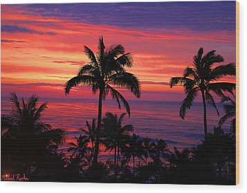 Beautiful Hawaiian Sunset Wood Print by Michael Rucker