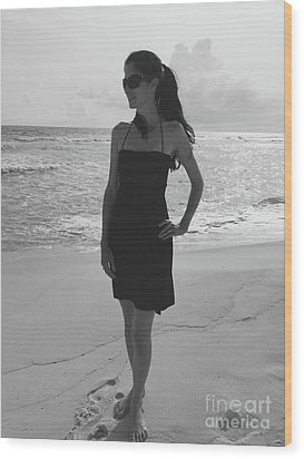 Beauty And The Beach Wood Print