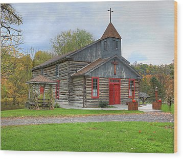 Bedford Village Church Wood Print by Sharon Batdorf