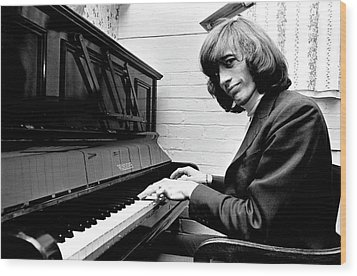 Wood Print featuring the photograph Bee Gees Robin Gibb 1969 by Chris Walter
